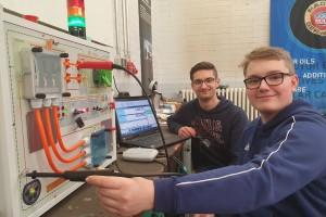 """Neue Fachrichtung """"Kfz-Mechatroniker System- und Hochvolttechnik"""" ab Schuljahr 2020/21 an der BBS Lahnstein"""